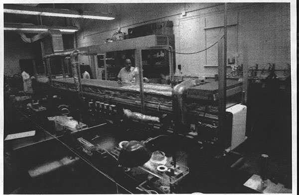 Dr. Kolobow and his machine in the basement of NIH's Building 31